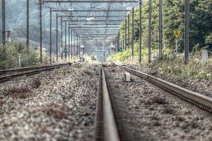 Российский школьник хотел сделать селфи на железной дороге и погиб