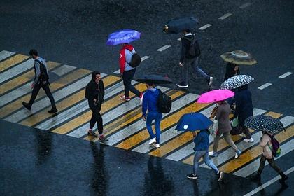 Названы наиболее чувствительные к погоде социальные группы