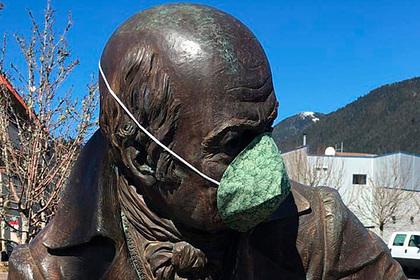 На Аляске приняли решение убрать памятник главе русских поселений Баранову