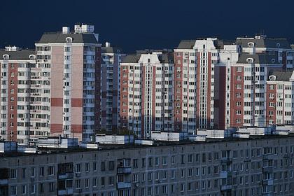 Продажи новостроек в Москве обвалились вдвое