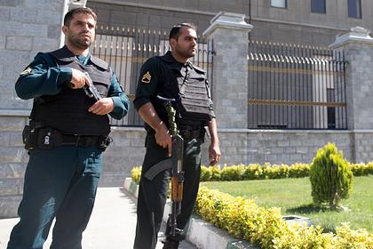 Иран допустил отмену казни протестующих из-за требований в соцсетях
