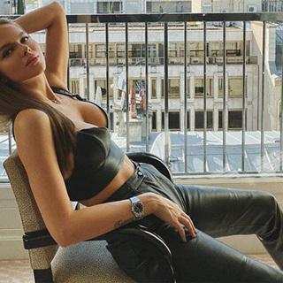Российская модель рассказала об ухаживаниях шестикратного чемпиона «Формулы-1»