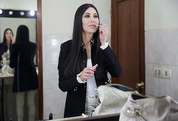 Ведущая новостей трансженщина Леони Дорадо (Leonie Dorado), Боливия