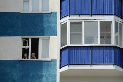 Российский дилер сбрасывал наркотики из окна собственной квартиры и был задержан