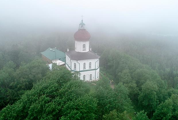 Вознесенский храм-маяк на Секирной горе, Свято-Вознесенский скит Соловецкого монастыря
