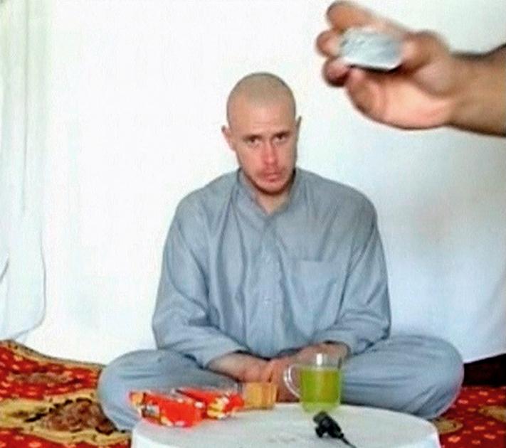 Сержант армии США Боуи Бергдал в плену в Афганистане