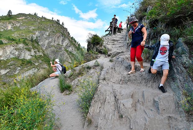 Туристы в Чемальском районе Республики Алтай