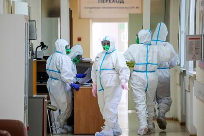 Мурашко назвал сроки начала вакцинации людей из групп риска от COVID-19