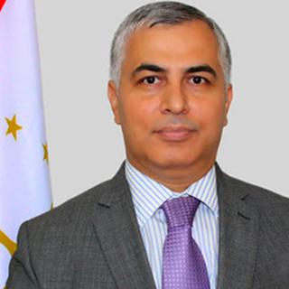 Хусрав Нозири