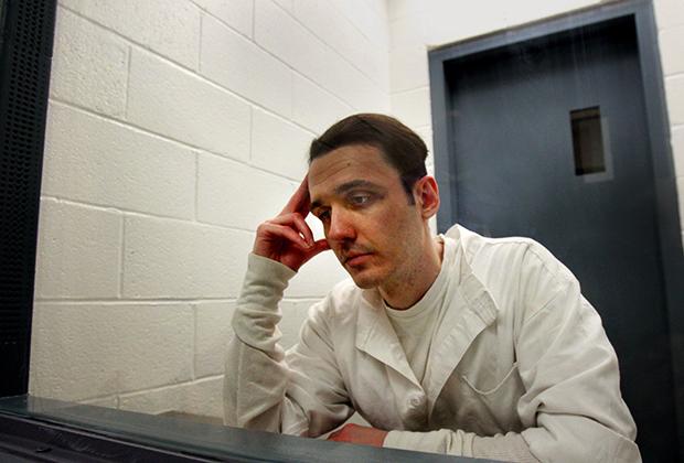 Дэмьен Эколс в тюрьме, 2010 год