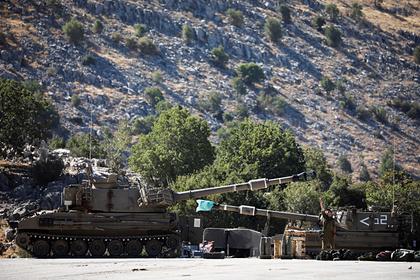 Израиль атаковал армию Сирии вответ наобстрел Голанских высот