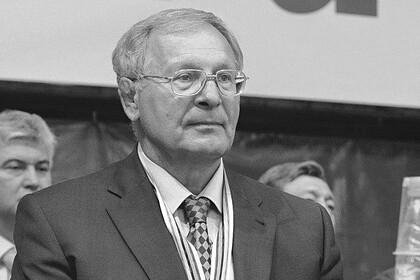 Александр Иваницкий