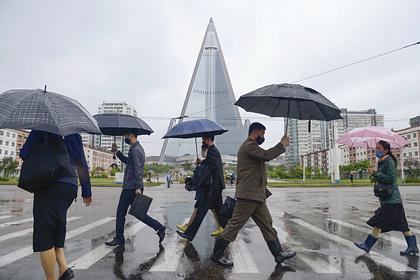 Северная Корея впервый раз  проинформировала о  случае подозрения накоронавирус