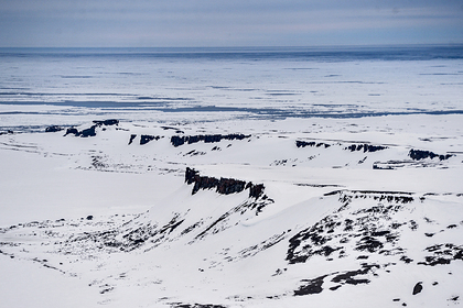 Российские ученые испытают новый прибор для измерения толщины льда в Арктике