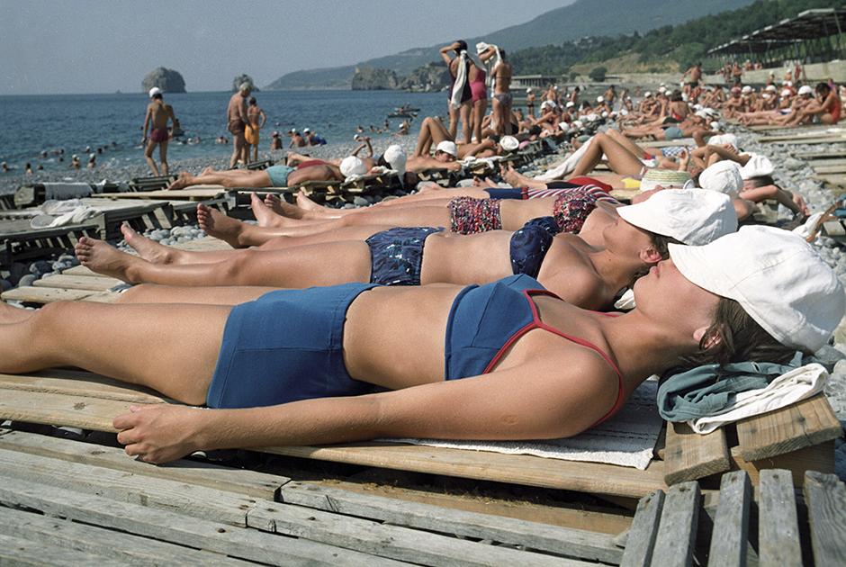 1971 год. Пляж в лагере «Артек» в Крыму