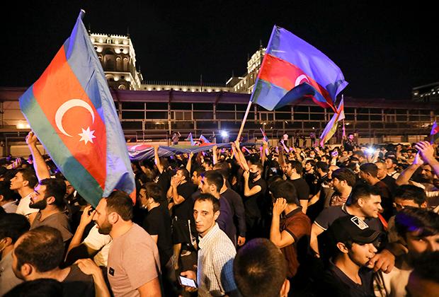 Митинг в поддержку армии Азербайджана в Баку, 14 июля 2020 года