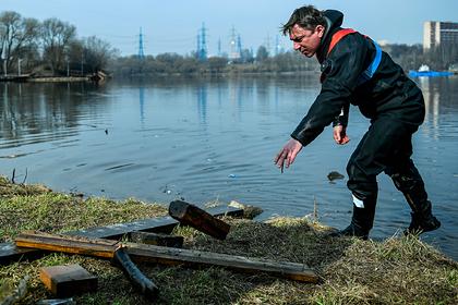 В Москве началась акция по очистке водоемов от мусора