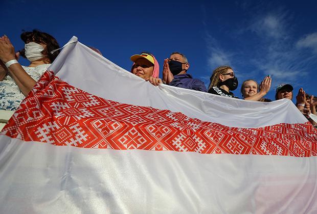 Народный белорусский флаг