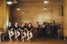 «Слава», третий полный метр Паркера, стала хитом проката, породив в итоге многосерийный спин-офф и до сих пор идущий по всему миру мюзикл. Что удивляет в этой панораме мытарств и переживаний студентов и учителей Нью-йоркской школы сценических искусств прежде всего— полное отсутствие заискивания перед аудиторией. Паркеру оказываются абсолютно неинтересны типичные и для мюзиклов, и для историй об артистических мечтах глянец и пафос, напротив— и первоклассная хореография, и музыкальные номера здесь служат цели высечения искренних, выстраданных чувств.