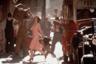 Если «Слава» вдохновила успешный театральный мюзикл, то «Эвита», напротив, была основана на хите сцены — мюзикле Эндрю Ллойда Уэббера и Тима Райса о первой леди Аргентины. Паркер ухитряется здесь сделать убедительной по-актерски даже довольно ограниченную в этом плане Мадонну — и одновременно с фирменными мастерством и уверенностью работает с самым эпическим за всю карьеру размахом.
