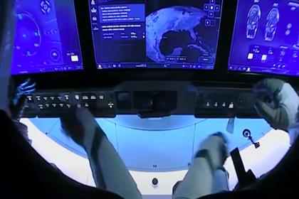 Crew Dragon удачно отстыковался отМКС