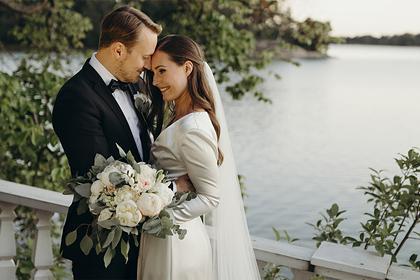 Премьер-министр Финляндии вышла замуж за футболиста