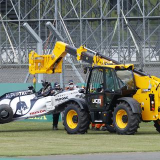 Квят попал в аварию во время гонки «Формулы-1»