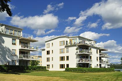Названы самые безопасные для покупки недвижимости страны