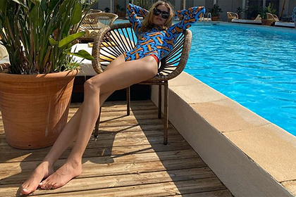 Ноги Водяновой на фото в купальнике удивили фанатов