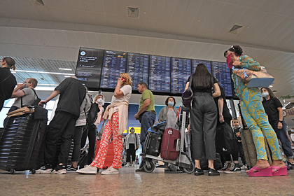 Россияне приготовились к негативным переменам из-за запуска рейсов за границу