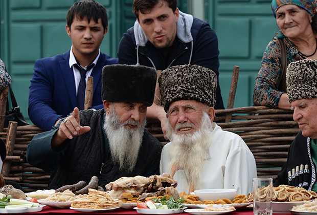 Старейшины в Грозном
