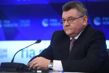 Занимавшийся делами о шпионаже и госизмене генерал ФСБ ушел в отставку