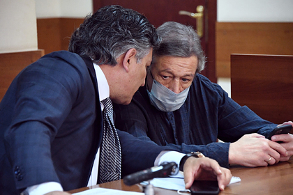Текст с извинениями Ефремова оказался написан его адвокатом