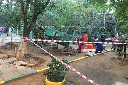 Российского мальчика насмерть задавило бетонной плитой на детской площадке