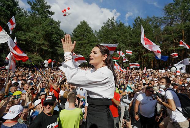 Светлана Тихановская на своем предвыборном митинге в Бресте