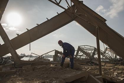 Российские спасатели извлекли тела погибших из-под завалов в Бейруте