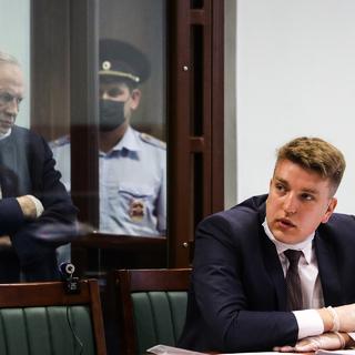 Сергей Лукьянов (на переднем плане)