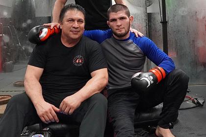 Тренер Нурмагомедова выбрал бойцу соперника для битвы за наследие