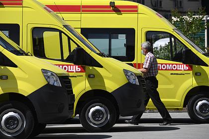 Российская школьница выпила водку на поминках и впала в кому