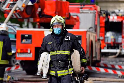 В Москве загорелось здание спецполка ГИБДД