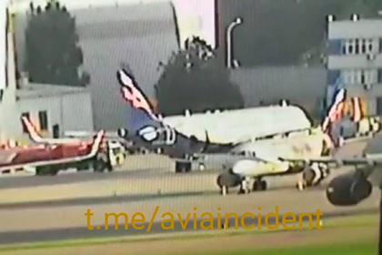 Момент столкновения бензовоза и самолета в Шереметьево попал на видео