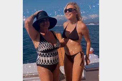 Танцующую в бикини на яхте в Сочи Елену Летучую сняли на видео