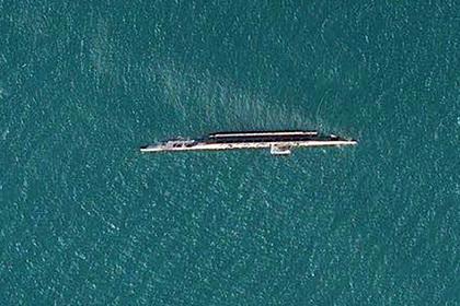 Иран случайно утопил предназначенный для учений макет американского авианосца