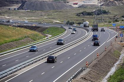 В России захотели повысить допустимую скорость на бесплатных трассах