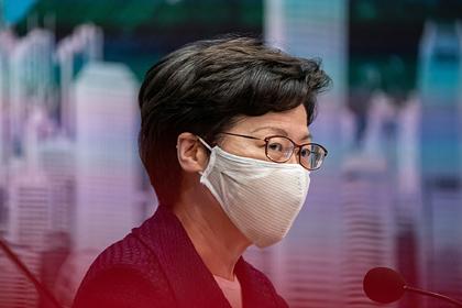 США решили ввести санкции против главы Гонконга