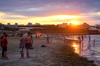 Россиянам назвали самые выгодные места для отдыха на море в бархатный сезон