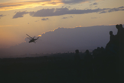 В центр Минска направили вертолеты photo
