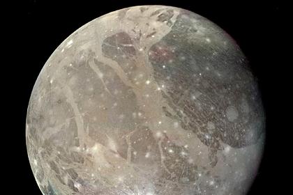 Обнаружен самый гигантский кратер в Солнечной системе