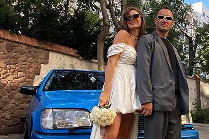 Лидер «Грибов» вновь женился после скандального развода с певицей Луной