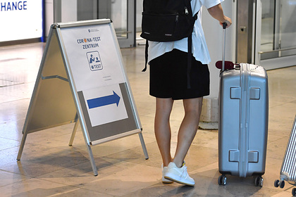 Оценен риск заразиться коронавирусом в поездке из-за чемодана